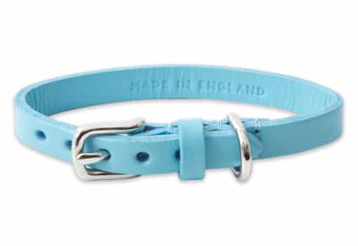 Italian leather collar for cats - light blue
